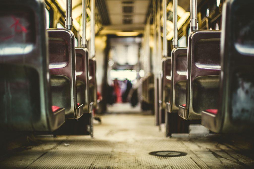 Services to move, public transport, autobus train subway