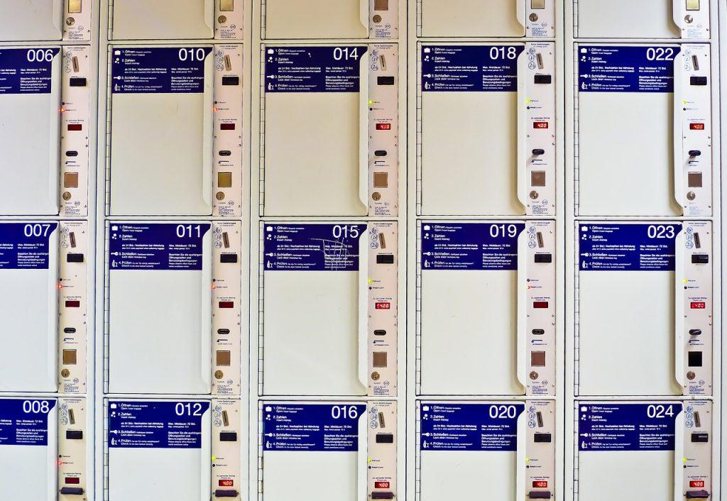 Empresas se unem para reduzir custos na logística através de entregas sustentáveis em lockers inteligentes